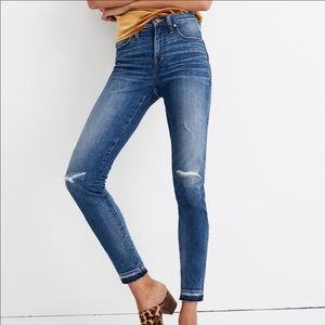 """NEW Madewell 9"""" High Rise Distressed Jeans"""
